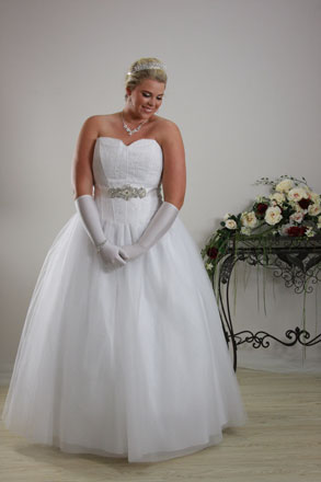 Deb dresses plus size plus size wedding dresses melbourne for Plus size shapewear for wedding dresses